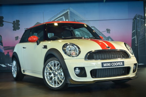 MINI Cooper JCW Package Limited Edition (1)