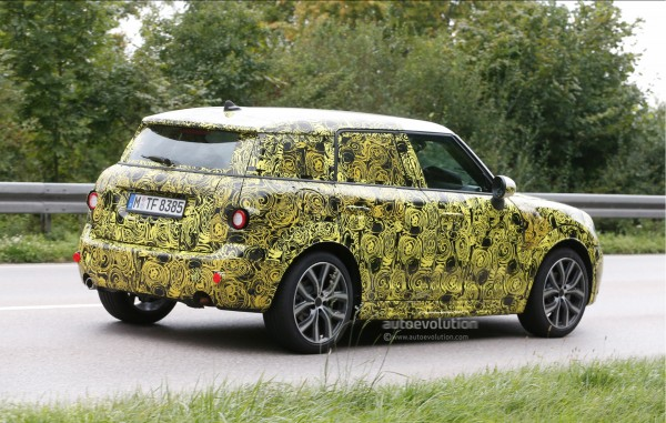 2017-mini-countryman-spied-for-the-first-time_4