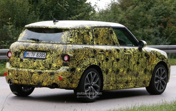 2017-mini-countryman-spied-for-the-first-time_5