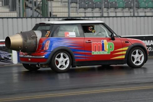Jet MINI COOPER test Santa Pod