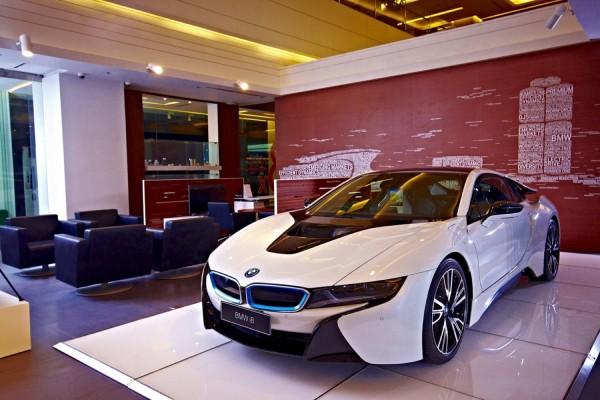 Millennium Auto City Outlet - BMW & MINI CITY Showroom 6